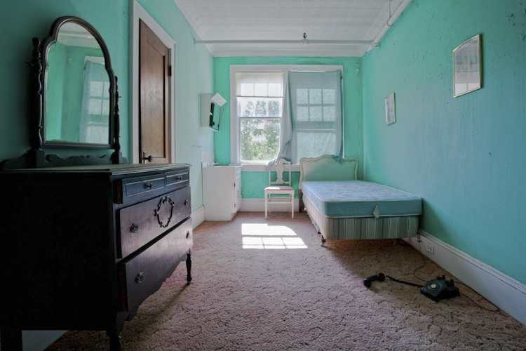 Amy Heiden Shoots Abandoned Places