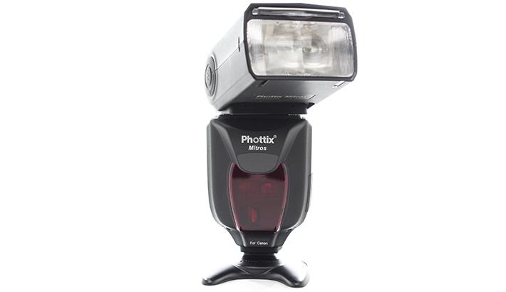 Fstoppers Reviews the Phottix Mitros TTL Speed Light