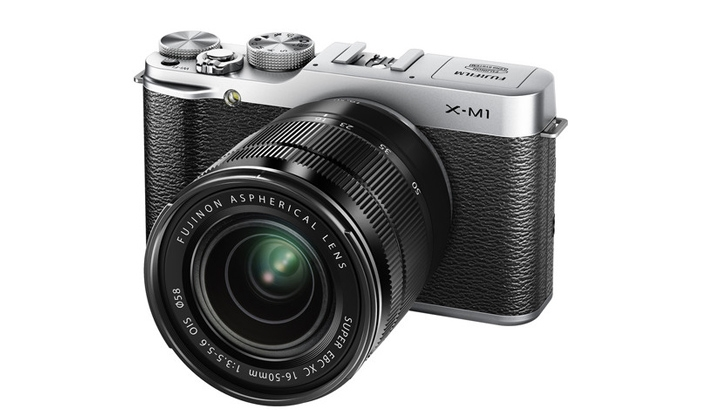 New Fujifilm Camera and Lenses Available for Preorder