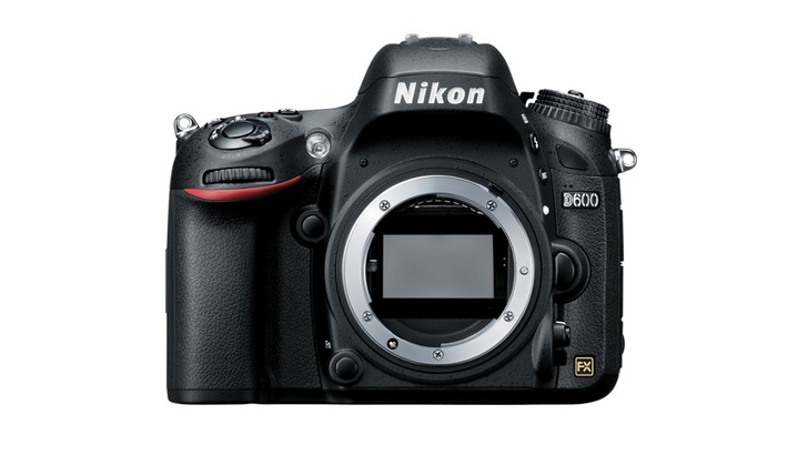 Grab a Refurbished Nikon D600 for $400 Off