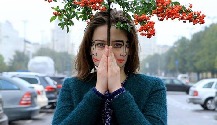 Surreal Two-Faced Portrait Series by Sebastian Bieniek