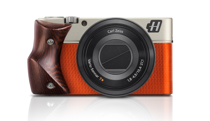 """Hasselblad Announces Three New """"Stellar"""" Models Priced at $3,175"""