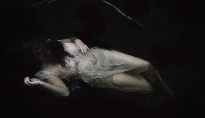 Nature and Femininity: Lilli Waters' Anja Series (NSFW)