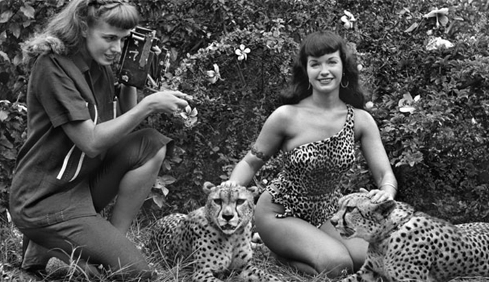Legendary Pin-Up Photographer Bunny Yeager Dead At 85