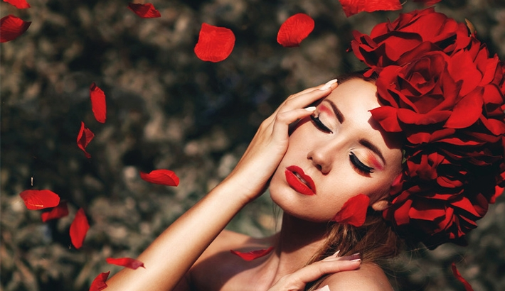 Live Now on CreativeLive: DIY Fashion and Editorial Photography with Amanda Diaz