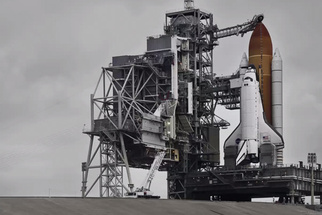 Dan Winters Shares the Incredible Story of Capturing the Last Space Shuttle Launch