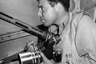 Notable LIFE Magazine Photographer, Ralph Morse, Dies at 97