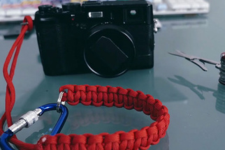 How to Make a Paracord Wrist Strap for Your Camera