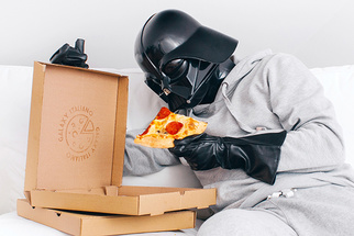 Hilariously Geeky Photo Project Shows Mundane Life of Darth Vader