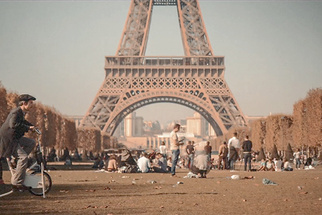 'Un Petit Tour Dans Paris' Is a Stop-Motion Love Story in the City of Light