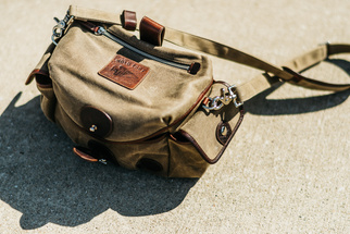 Holdfast + Fundy Streetwise Review: A Camera Bag for the Street-Smart Photographer