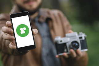 Tinder for Photographers and Models: Romey.co