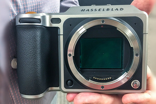 First Look: Hands-On With the Hasselblad X1D