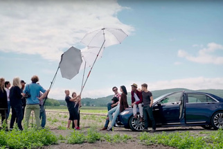 Behind the Scenes - Annie Leibovitz Photographs a Lincoln Continental Campaign
