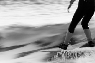 Creating Painterly Surfer Photographs With a Slow Shutter