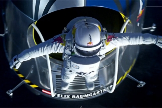 How To Photograph A Spacedive: BTS With Red Bull