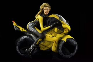 The Human Motorcycle -Body Paint and Photography