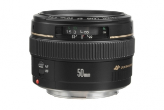 Canon 50mm f/1.4 Lens $60 Off Display Price