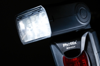 Phottix Answers Wishes by Building-In Wireless into Mitros Speedlight