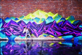 "Stunning Graffiti Artwork Video ""Limitless"" BTS And Interview With Creator, Selina Miles"
