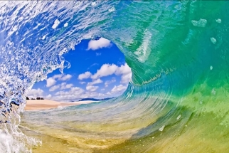 A Breathtaking BTS Look at Clark Little's Shorebreak Photography