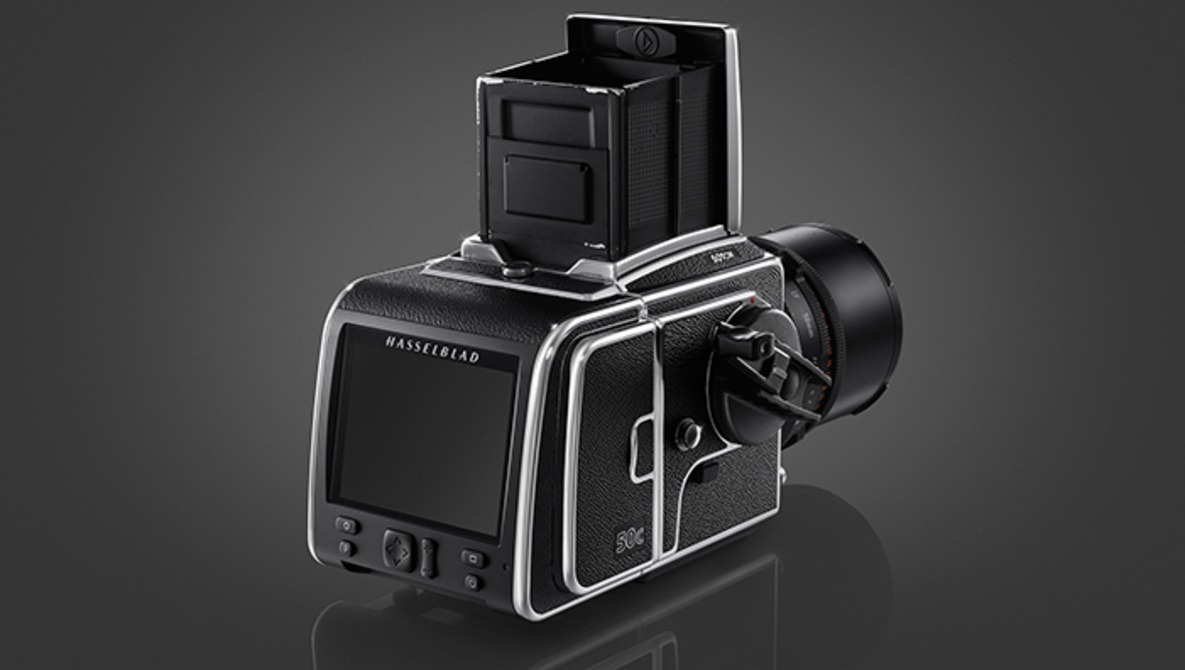 Hasselblad Launches the CFV-50c CMOS Back for V-System Cameras
