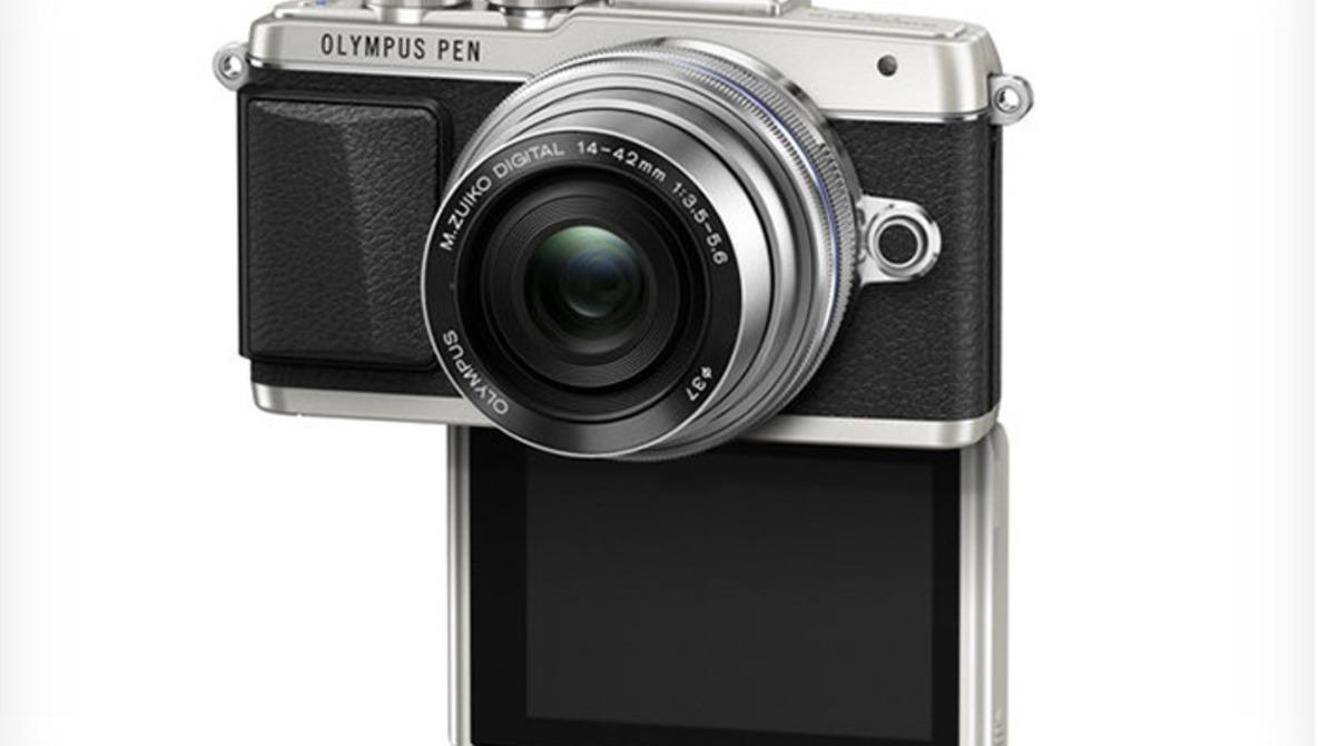 """Olympus Announces New PEN E-PL7 """"Selfie-King"""""""