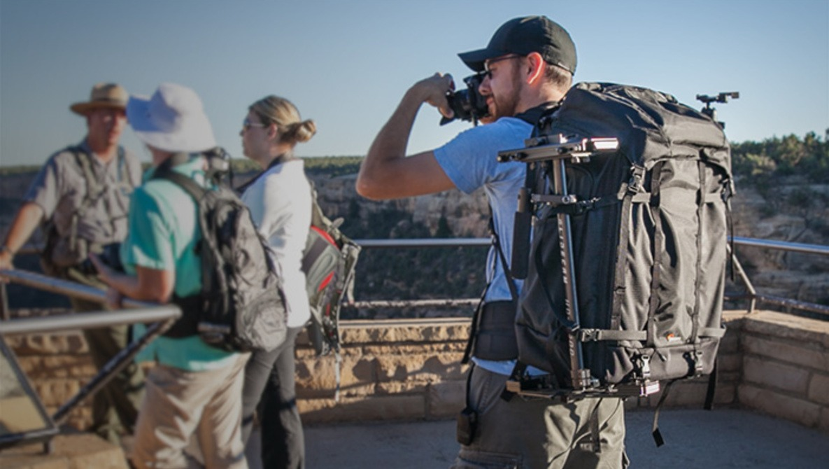 Fstoppers Review Of The Giant Pro Trekker 650 Backpack From Lowepro