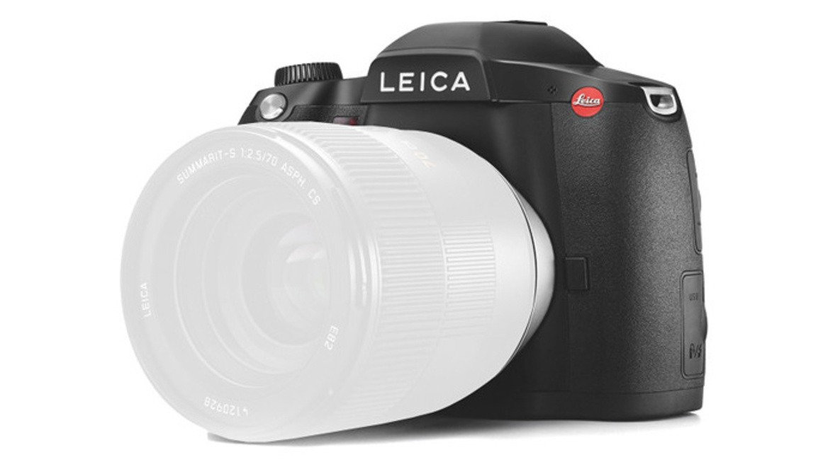 37 5MP CMOS-Based Leica S with 4K@60fps and CCD-Based Leica