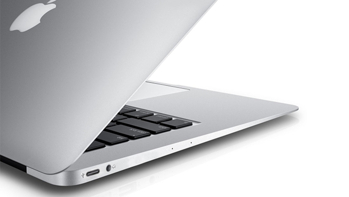 Is Future Proofing Obsolete? Apple Adopts New USB Port