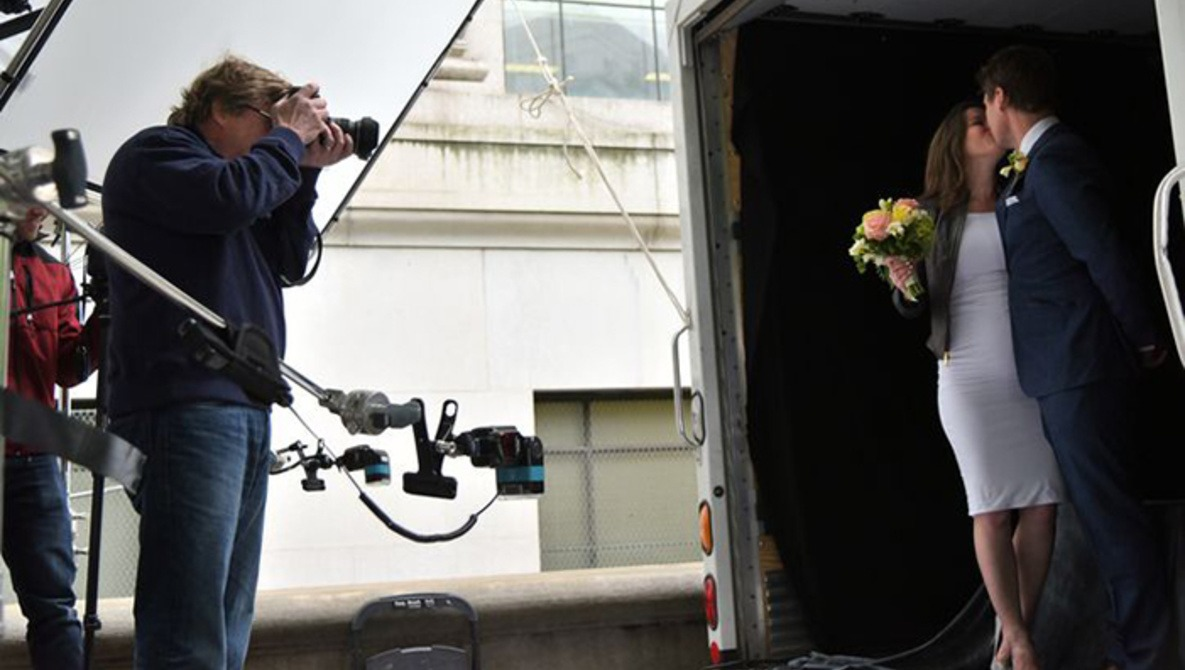 Joe McNally and The Nikon Wedding Truck Offer Free Wedding Portraits to NYC Couples