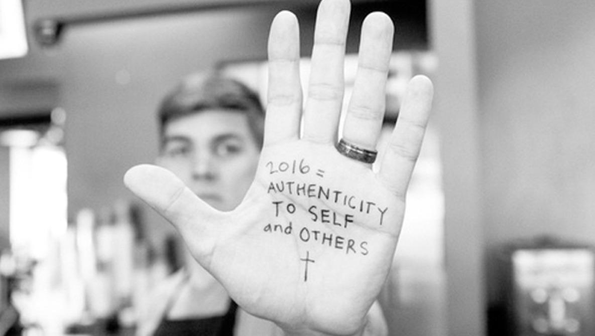 18-Year-Old Photographer Creates Inspiring New Year's Photo Series