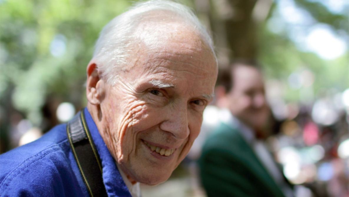 Iconic Fashion Photographer Bill Cunningham Dies at 87