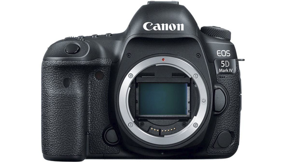 Canon Announces the 5D Mark IV With Focus Fine-Tuning in Post and New Lenses