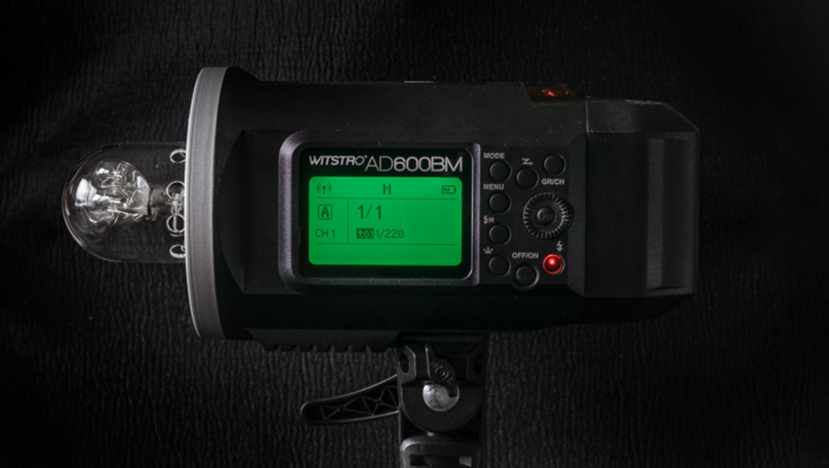 Fstoppers Reviews the Godox Wistro AD600 Portable Battery-Powered Strobe