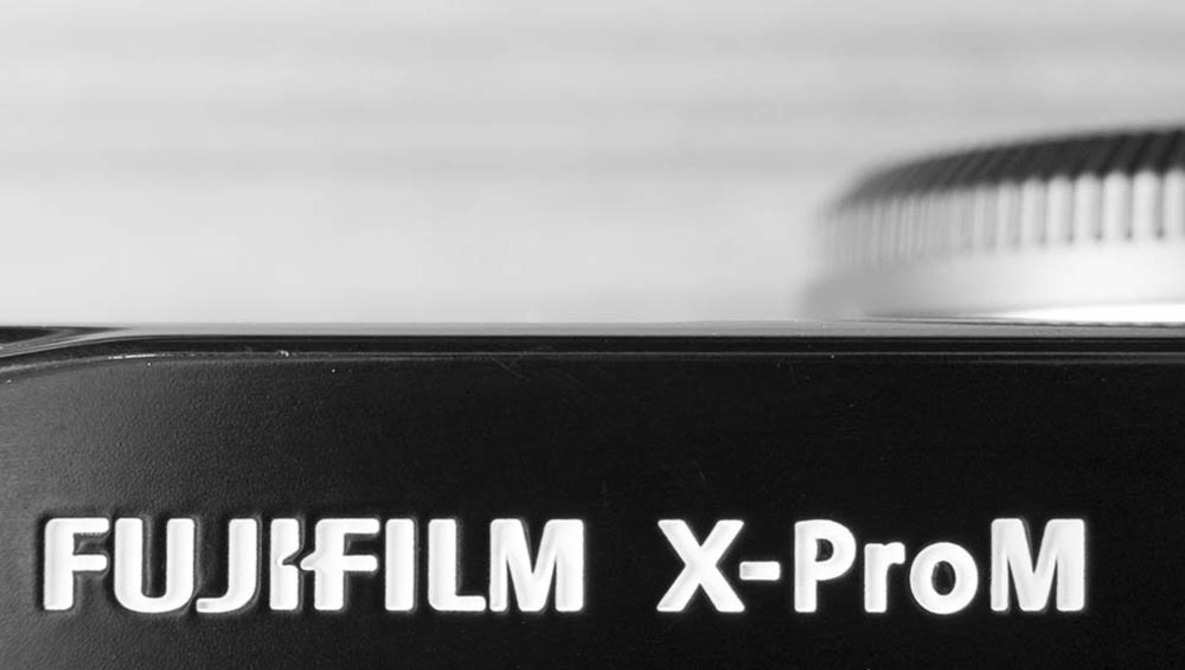 Maxmax Launches Monochrome Fujifilm X-Pro1 and X100S