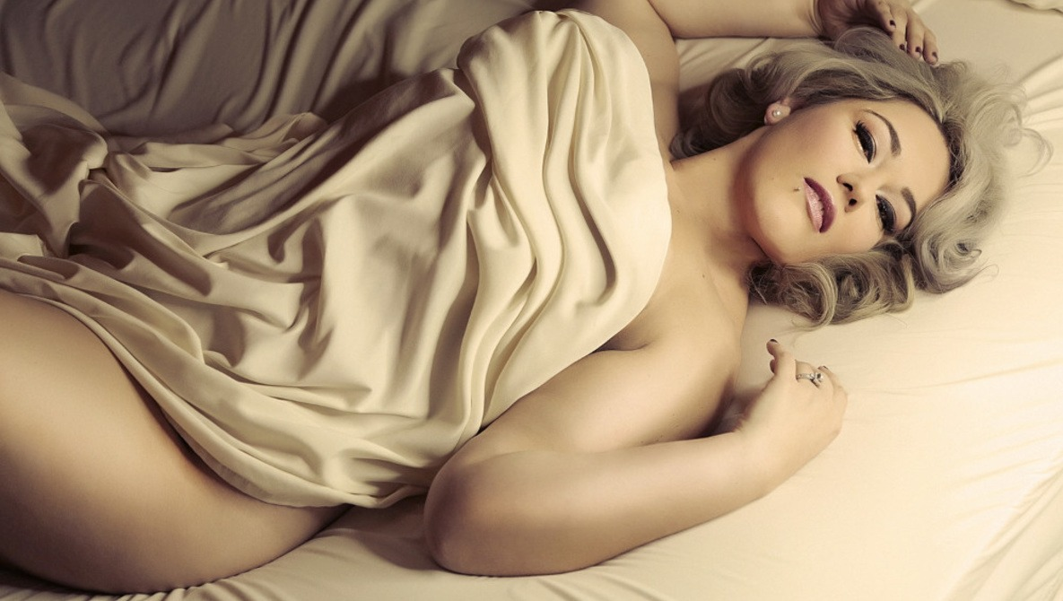 Tips for Shooting Boudoir All Shapes and Sizes  e48613f7e