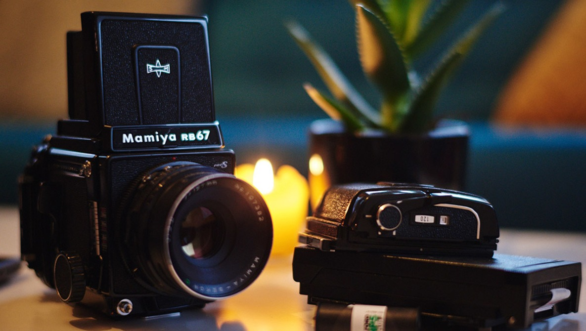 Getting Into Medium Format on a Budget: Fstoppers Reviews the Mamiya RB67