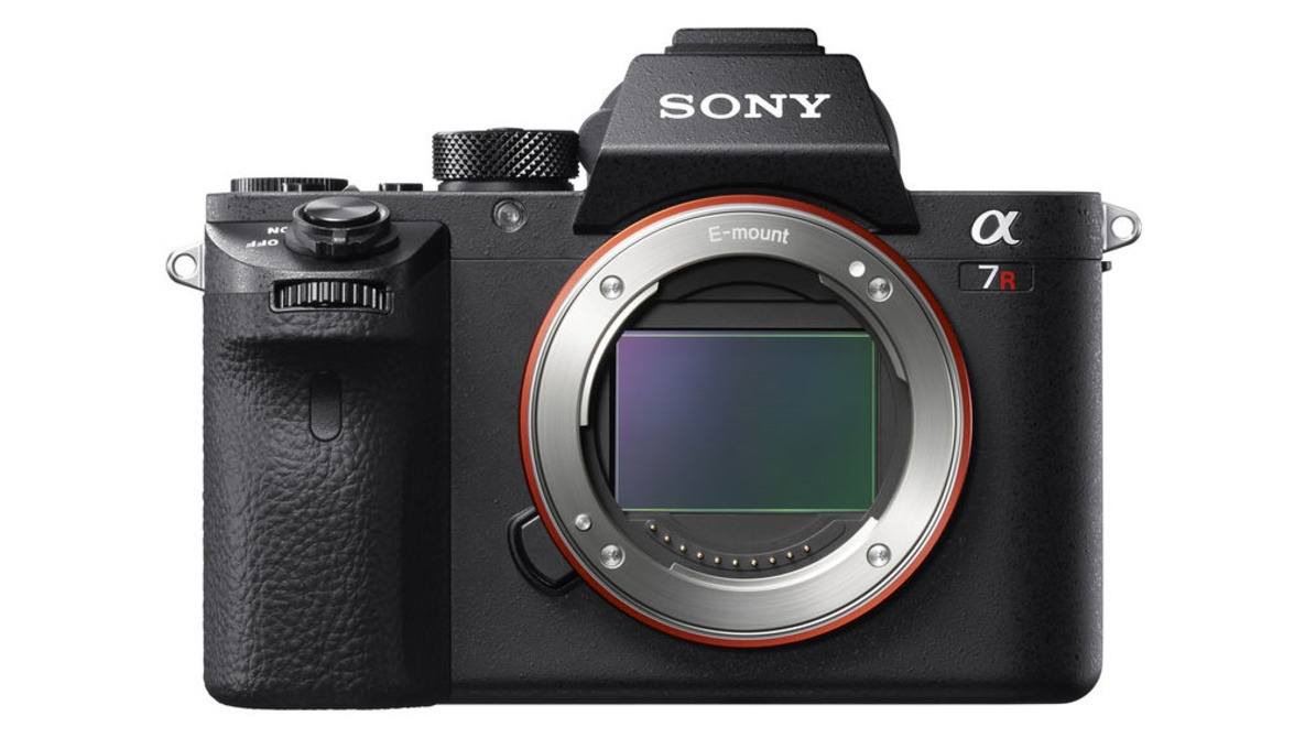 Save Big with This Deal on a New Sony a7RII for Only $2200