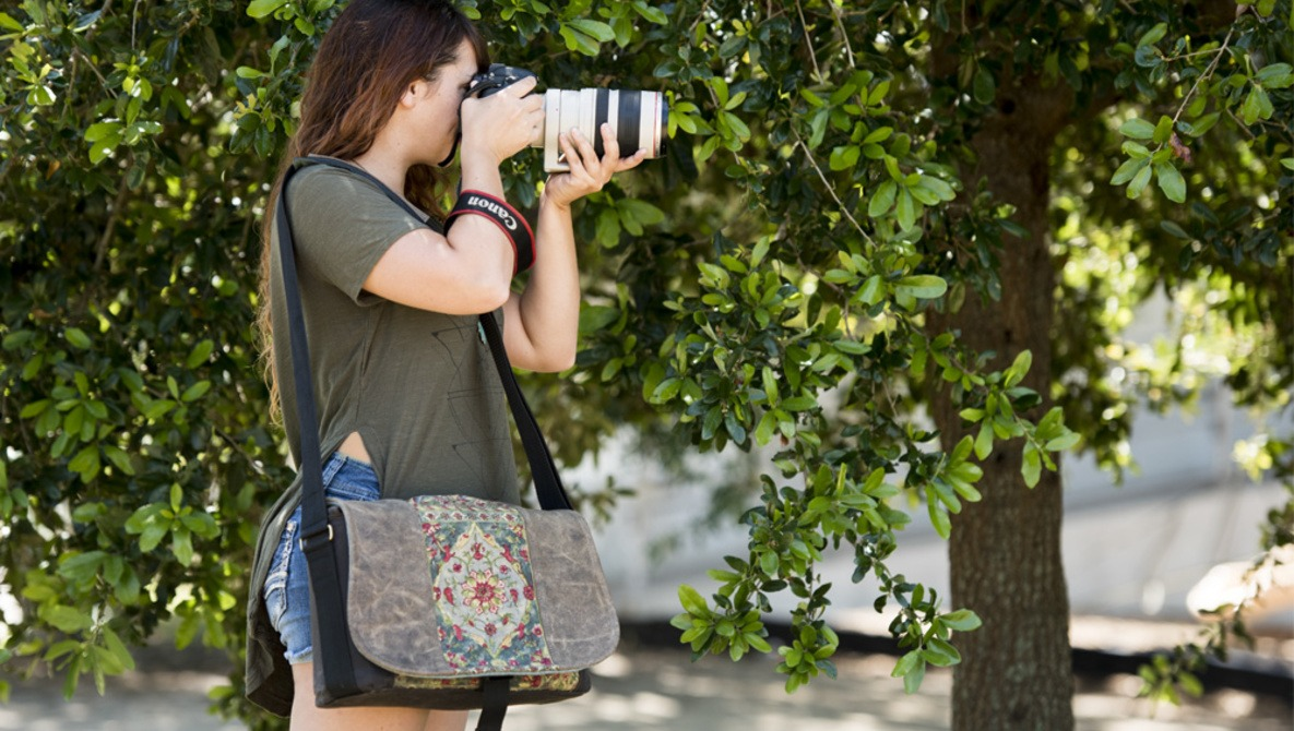 Fstoppers Reviews the Porteen Gear Camera Bag