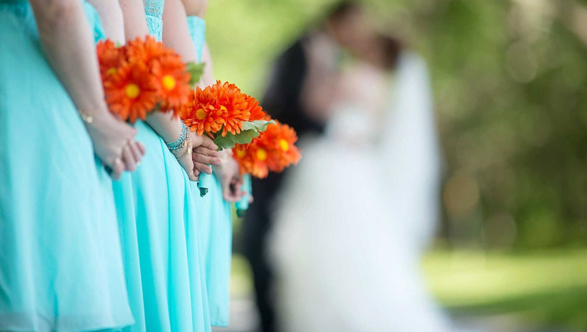 How Much Should You Charge to Photograph Your First Wedding?