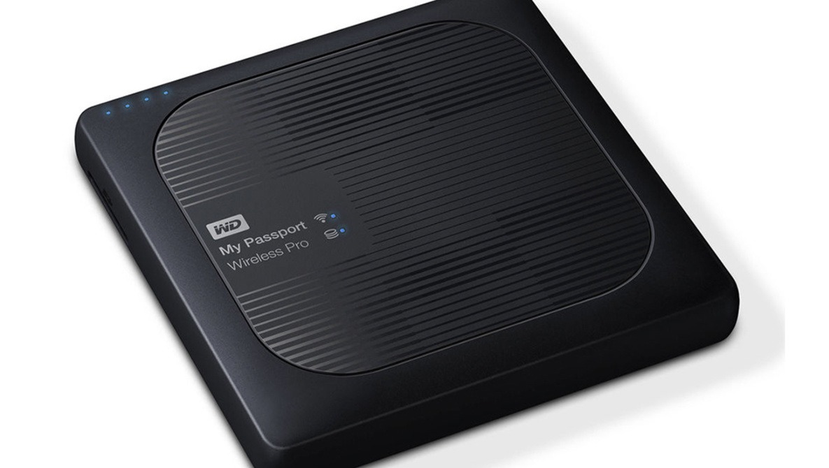 Fstoppers Reviews the 2017 Western Digital My Passport Wireless Pro