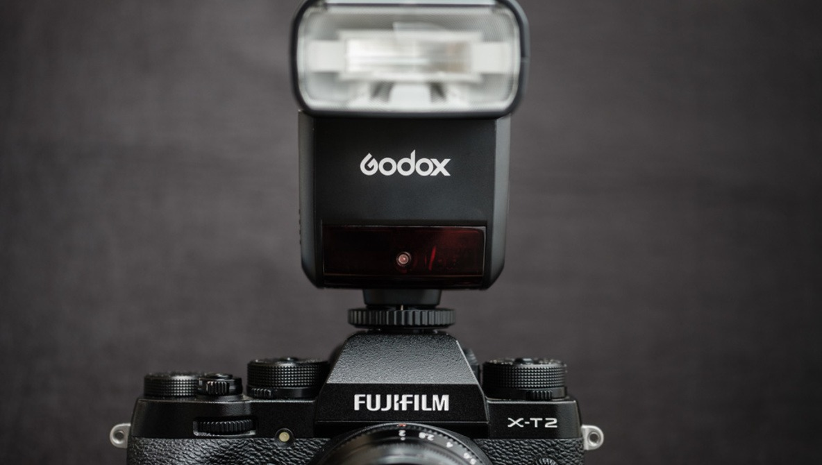 Fstoppers Reviews the Godox Thinklite TT350F Flash for Fujifilm X