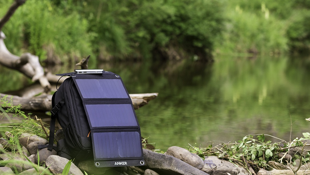 Fstoppers Reviews the Anker 21W PowerPort Solar Charger