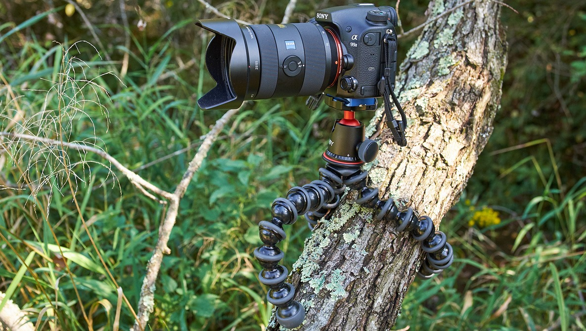 Throw Your Ball Camera To Take Panoramic Photos Fstoppers Reviews The Joby Gorillapod 5k Tripod Kit For Dslr Cameras