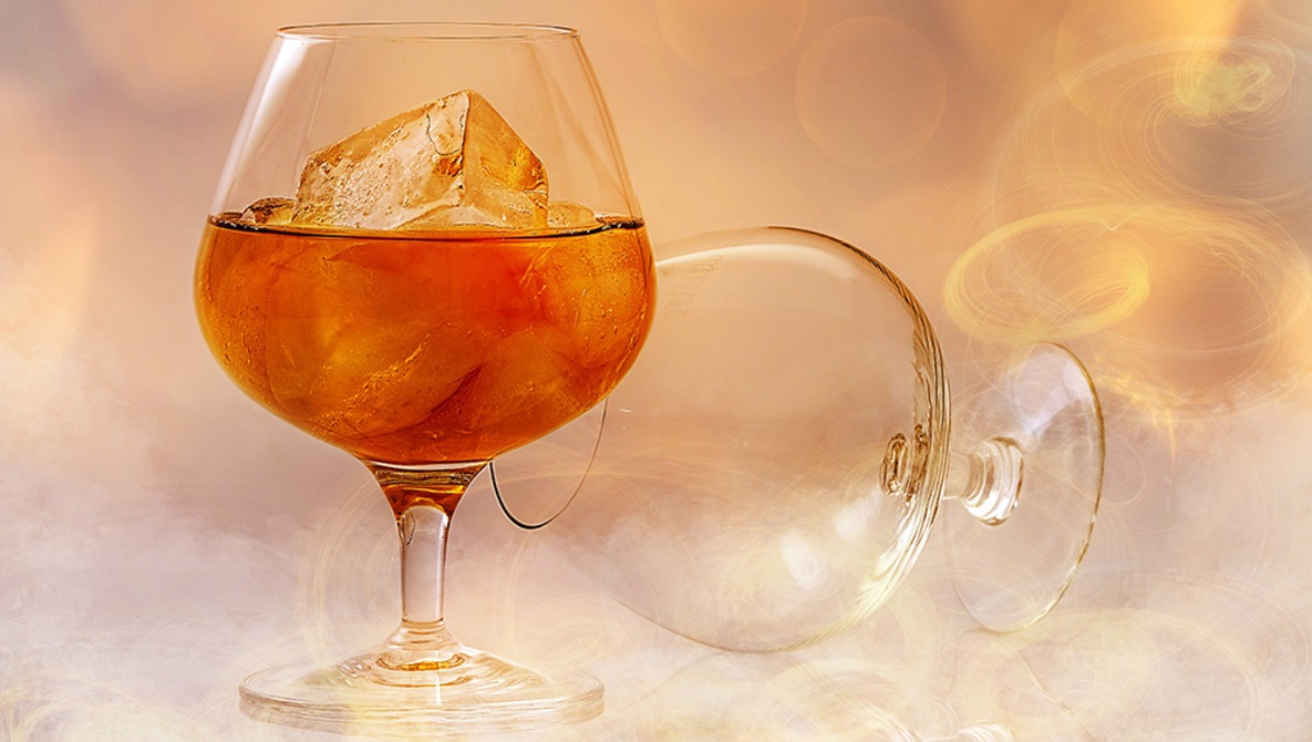 How to Take Great Cocktail Photos for Instagram