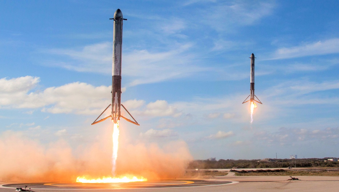 The Amazing Camera Work Involved in the SpaceX Falcon Heavy Launch  