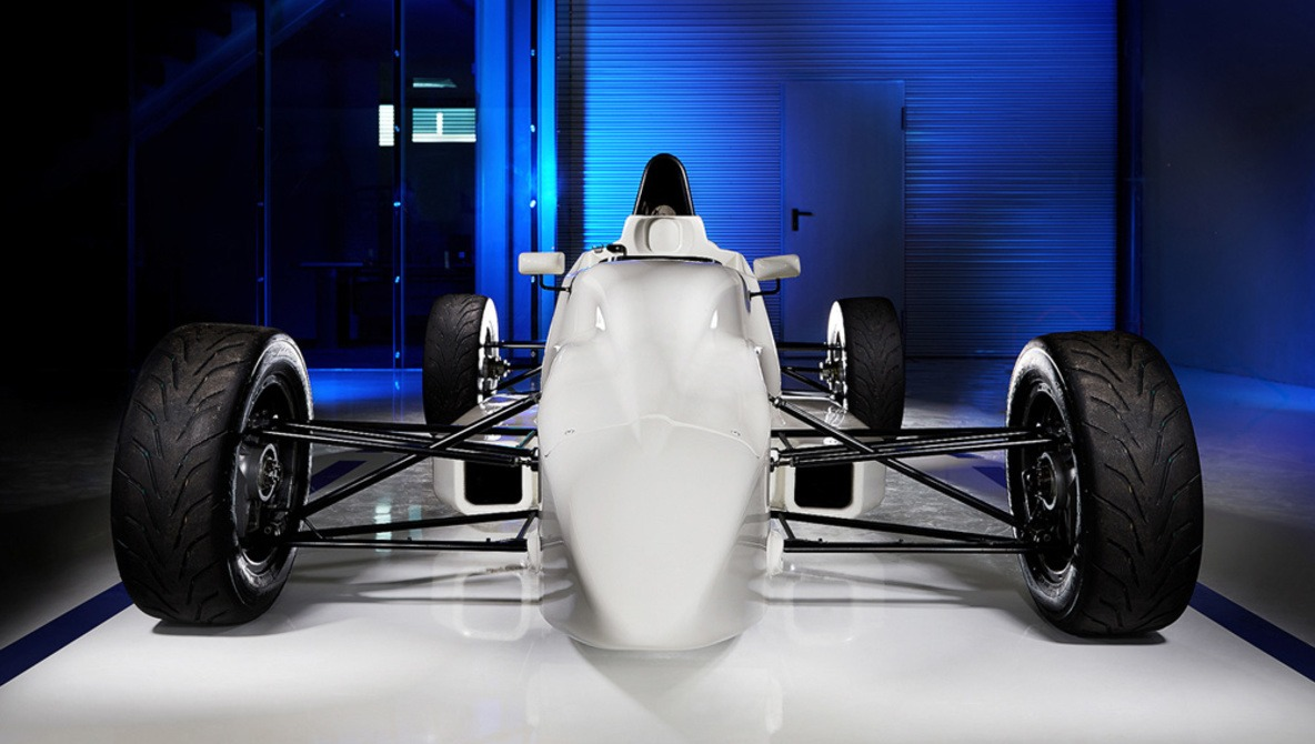 How I Photographed Two Racing Cars With Only Two Strobes