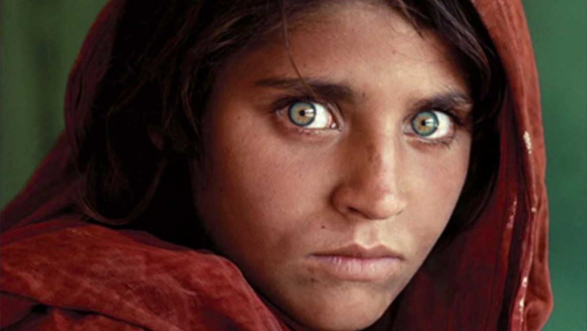 Learning From Steve McCurry's Iconic 'Afghan Girl' Photograph |