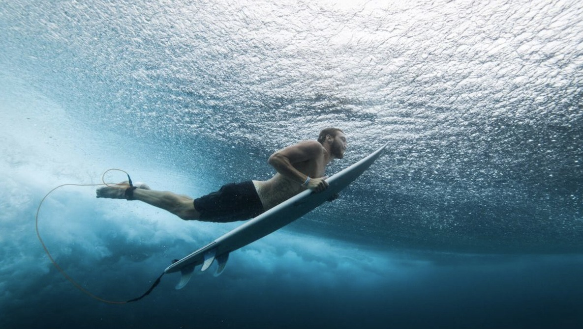 Get Wet and Get Started in Surf Photography With These Tips